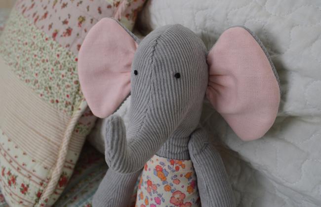 Tilda Elephant Header