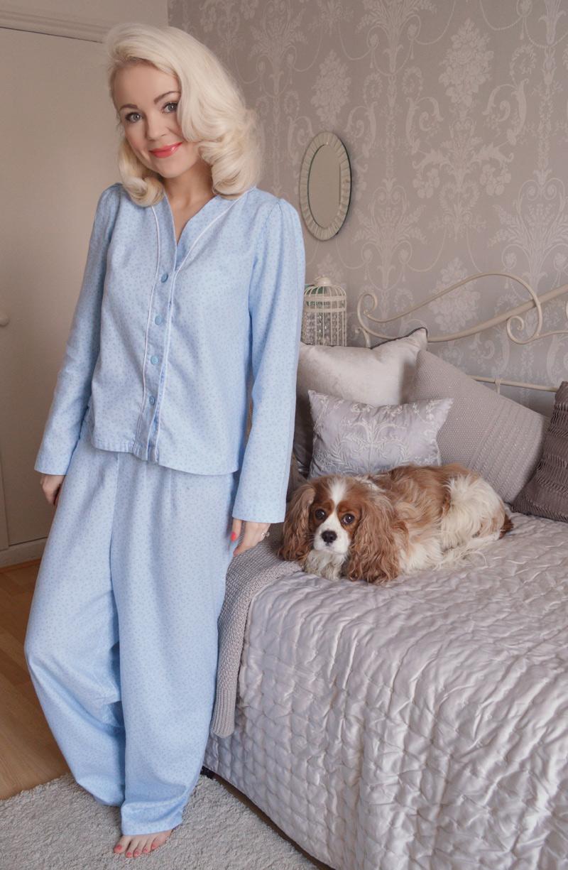 Vintage Vogue 9427 Pyjamas