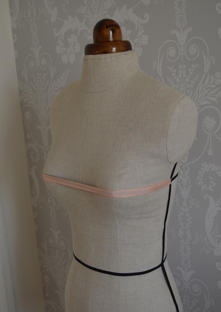 bustline front dressform